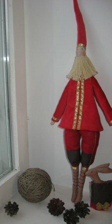 Новогодняя Тильда Санта-Клаус: выкройка и мастер класс по шитью куклы от Анастасии Коломакиной