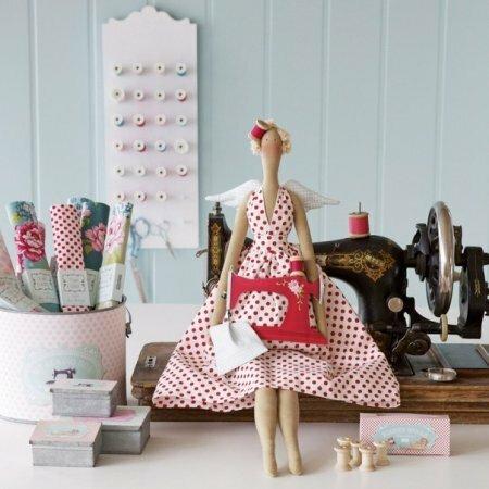 """Тильда """"Sewingbird"""": выкройка куклы для шитья"""