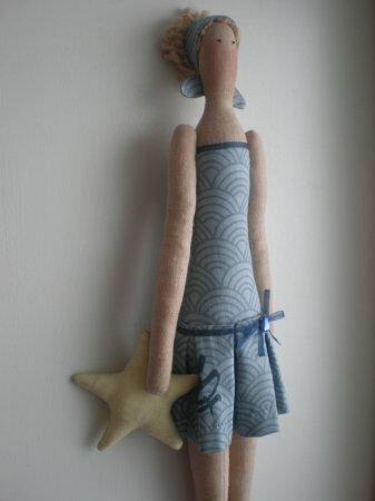 Тильда Пляжница: выкройка и мастер класс по шитью куклы от Анастасии Коломакиной