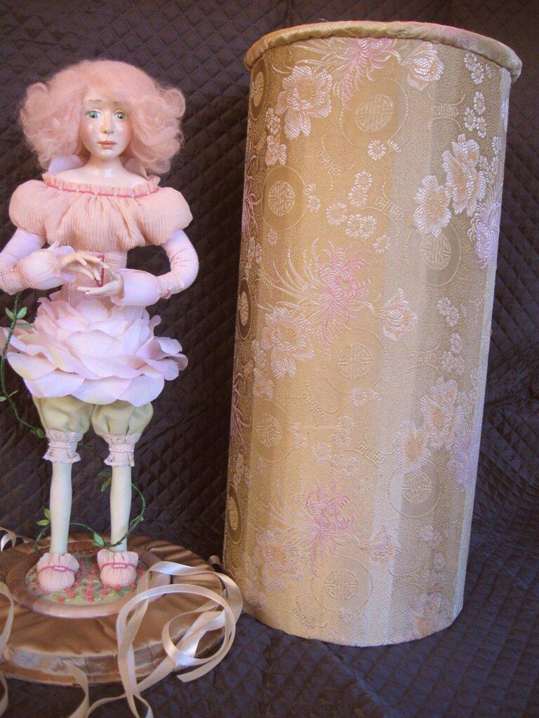 Подставка для куклы своими руками фото