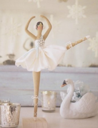 Тильда Балерина: выкройка куклы из книги Tone Finnanger «Tildas Vintereventyr»