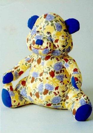 Ситцевый мишка - тестильная мягкая игрушка. Выкройка