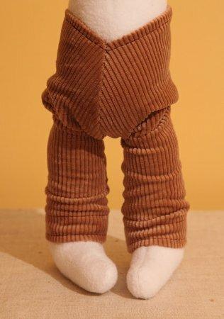 Одежда для текстильной игрушки - штаны для зайца. Урок по шитью.