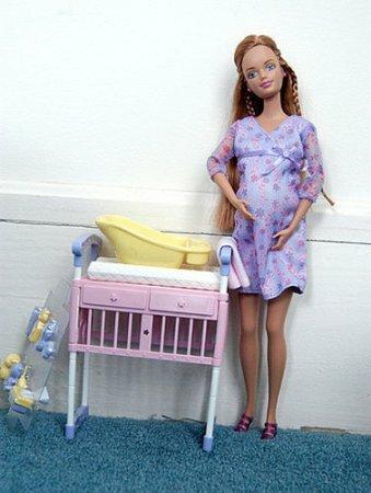 Онлайн игры - Барби рожает