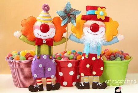Добрые клоуны фото. Игрушки из фетра