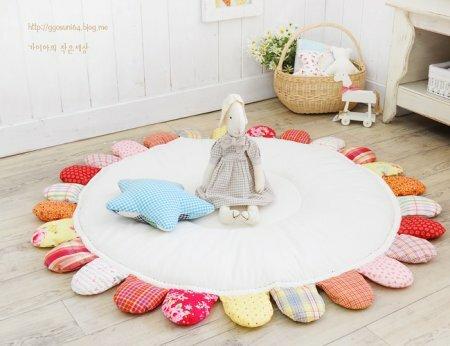 Мягкий детский игровой коврик для ползания своими руками