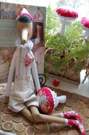 """Тильда Пиноккио: мастер-класс по шитью куклы из книги """"Tildas Vintereventyr"""""""