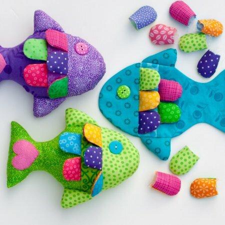 Яркая текстильная рыбка для малышей - мастер-класс